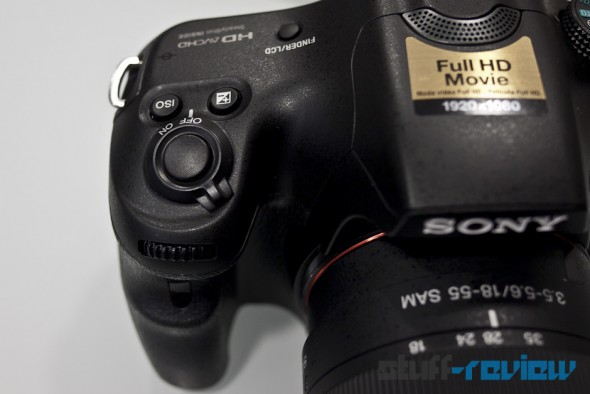 Sony Alpha SLT-A65 hands-on: hand-grip and button layout