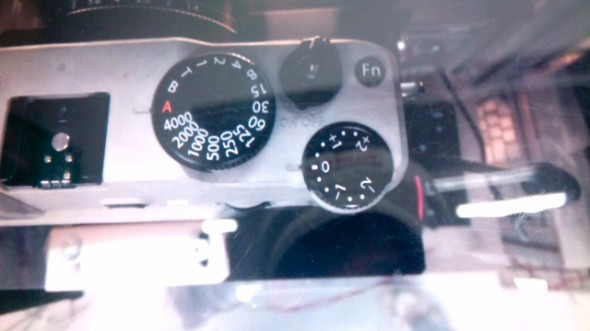 Fujifilm X-series MILC leaked picture - top dials