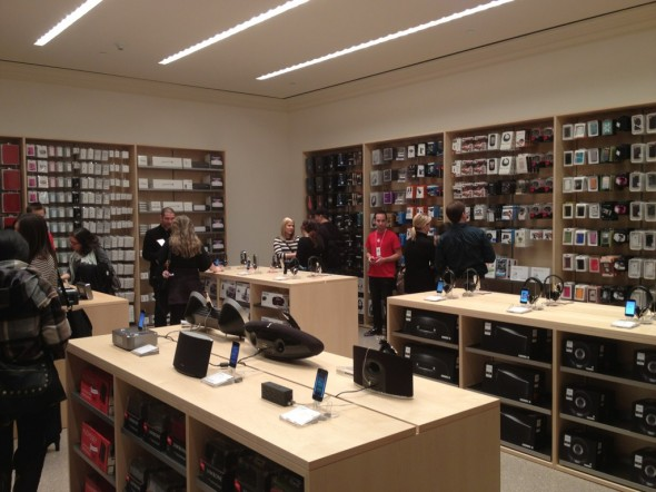 Grand Central Terminal Apple Store accessory room