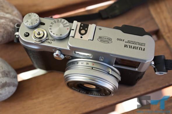 Fujifilm X100 top