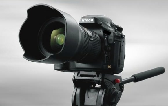 Nikon D800 full-frame DSLR - on tripod