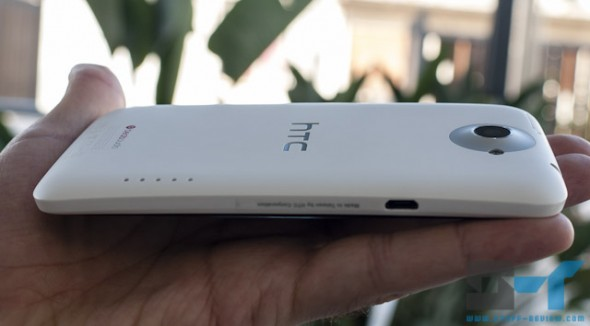 HTC One X thickness