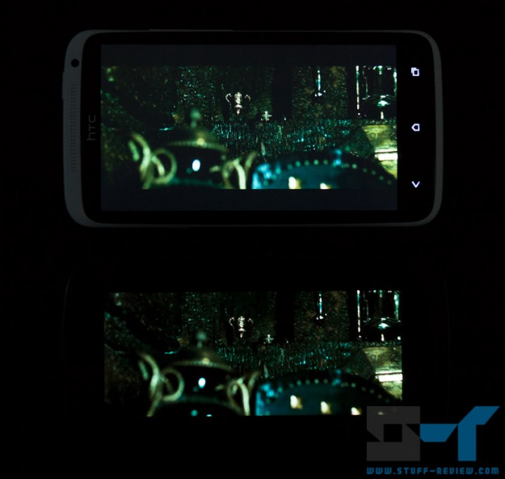 HTC One X (top) vs. Galaxy Nexus (bottom) screen: movie playback