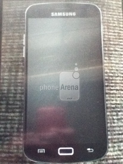 Samsung Galaxy S3 leaked photo with home button