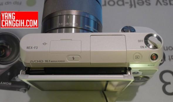 Sony NEX-F3 MILC top