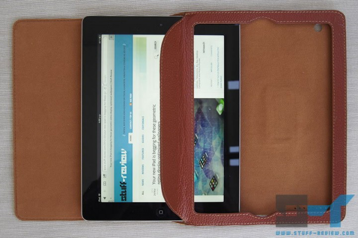 Yoobao leather case for the new iPad (2012) sliding in the iPad