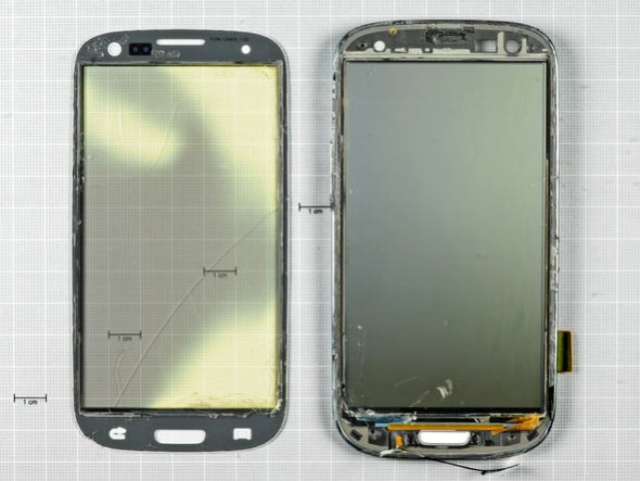 Samsung Galaxy S III teardown: optically laminated Super AMOLED display with Gorilla Glass 2